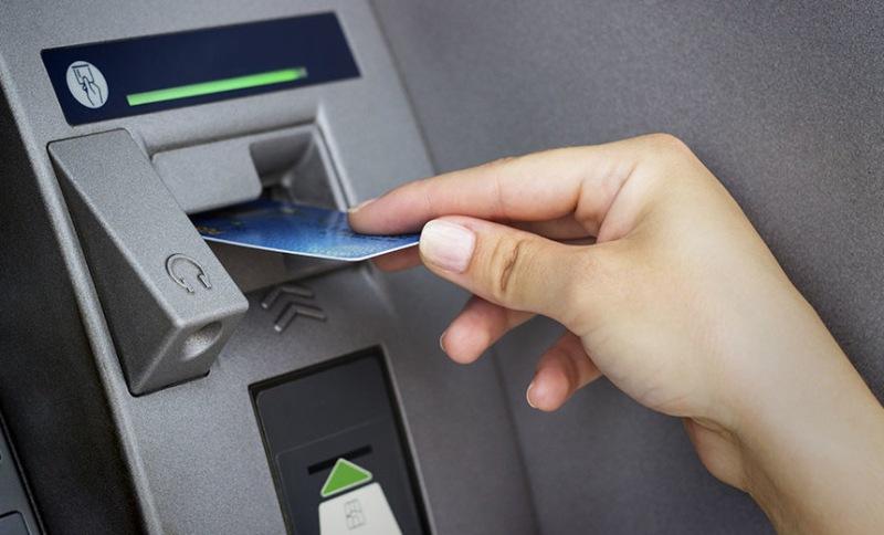 Kiểm tra kỹ thông tin trước khi chuyển tiền