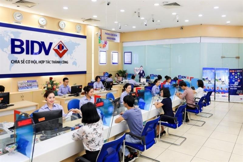 Mở thẻ trực tiếp tại ngân hàng BIDV