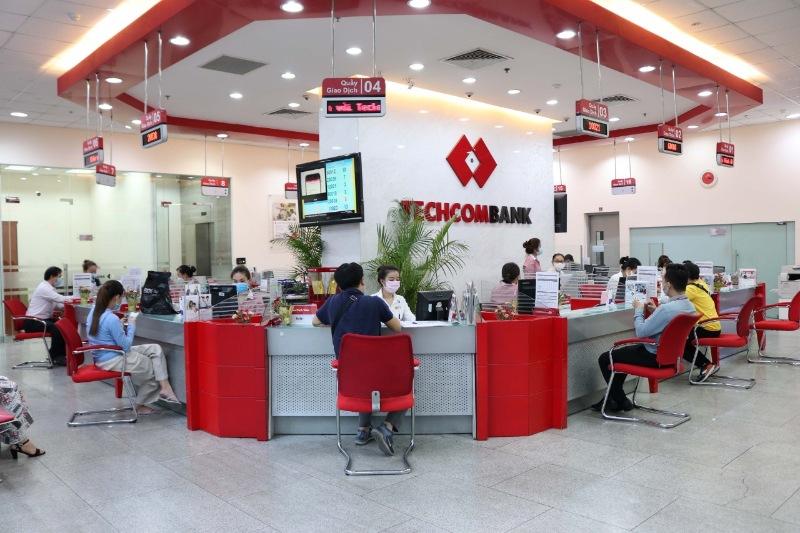 Thực hiện giao dịch ngoài giờ làm việc của Techcombank