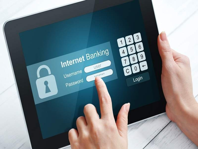 Kiểm tra số dư khả dụng nhanh chóng thông qua Internet Banking