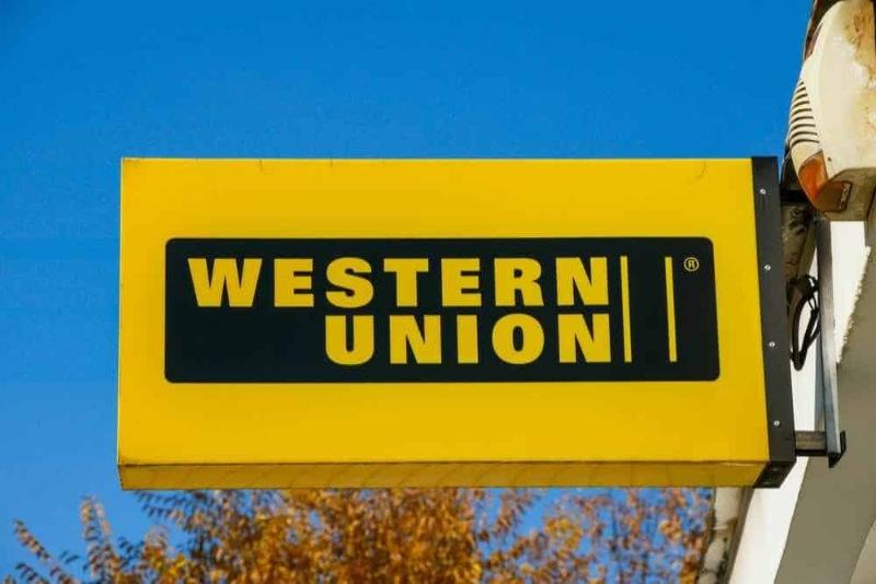 Các đại lý là các ngân hàng hay các tiệm vàng treo bảng Western Union